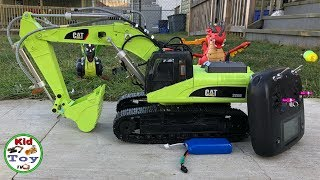 BEAUTIFUL RC EXCAVATOR HYDRAULIC REVIEW || HUINA 580 fully metal || KID TOY TV