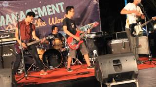 SID - Twice Paradise (Spoof 33 Live Cover at MFN 2013 Malang)