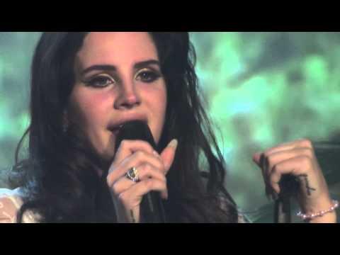 Lana del Rey Tears of emotion during Video Games Vicar Street Dublin 26 05 2013