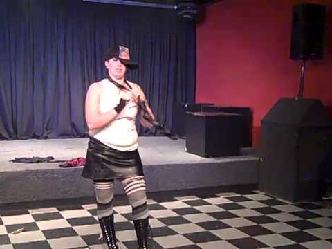 Roxy XXX Cox Hot Metal Heros show