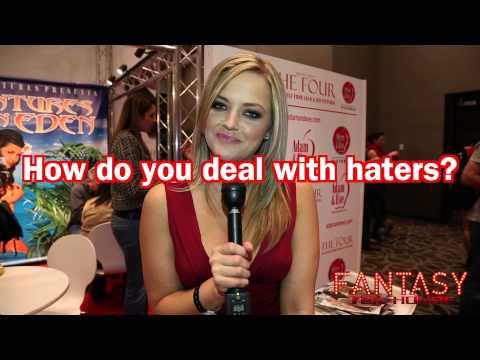 Xxx Mp4 Alexis Texas Says Size Doesn T Matter Las Vegas Interview 3gp Sex