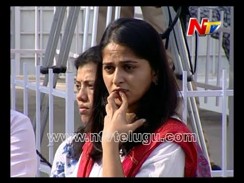 Actress Anushka Shetty @ ANR Death Funeral