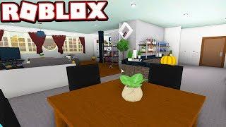 BUILDING MY IRL HOUSE IN ROBLOX!!! (Roblox Bloxburg)