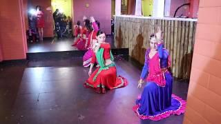Daya Daya re / Dance group Lakshmi / Bollywood evening in Karachi darbar restaurant