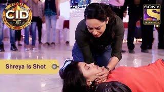 Your Favorite Character | Shreya Is Shot | CID