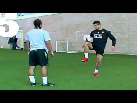 Xxx Mp4 Cristiano Ronaldo AMAZING Freestyle Football Skills 5 Silks 3gp Sex