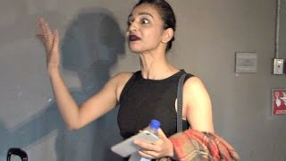 Radhika Apte Angry & Irritated With Media Reporters At Airport