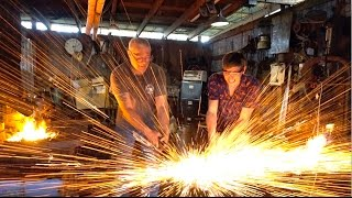 Blacksmith Myth - Will a drop of Water on the Anvil make it explode?