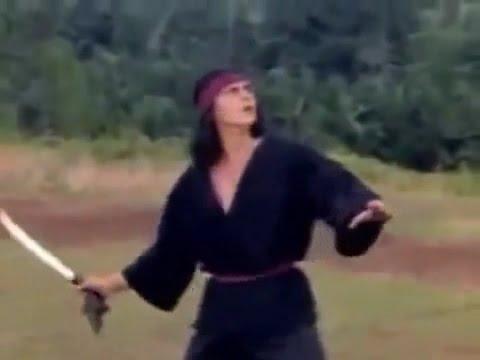 Jaka Sembung dan Sibuta 1983 (fight & decapitation scene)
