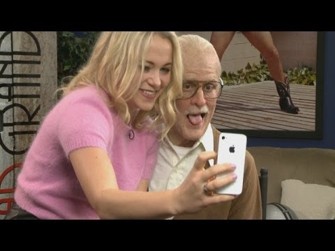 Weirdest interview ever: Bad Grandpa makes reporter feel awkward as they talk sex and tequila
