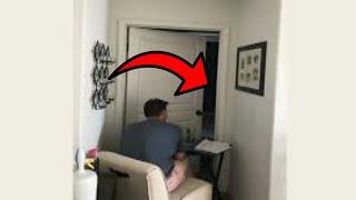 هذا الرجل يبقى جالسا لساعات أمام هذا الباب ...  لن تصدق ماذا يوجد داخله !! شاهد المفاجئة