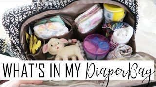 WHAT'S IN MY DIAPER BAG WHILE TRAVELING / Daily Vlog