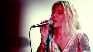 HUNGER TV: Dirty Live - Tei Shi - Bassically