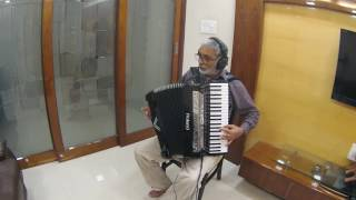 Aaja Sanam Madhur Chandni me hum Instrumental on Roland V Accordion FR-8X