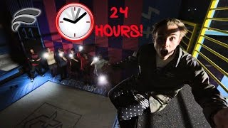 24 HOUR CHALLENGE SUPER TRAMPOLINE PARK! (SNEAKING IN)