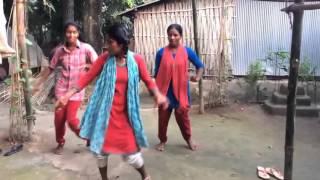 village girls dancing to dj song