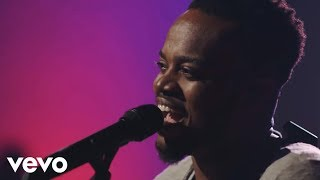 Travis Greene - See the Light (Official Music Video) ft. Isaiah Templeton, Geoffrey Golden