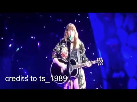 Dancing With Our Hands Tied Live ( Acoustic )🐍😍| Reputation Stadium Tour😍🐍 - Taylor Swift❤️