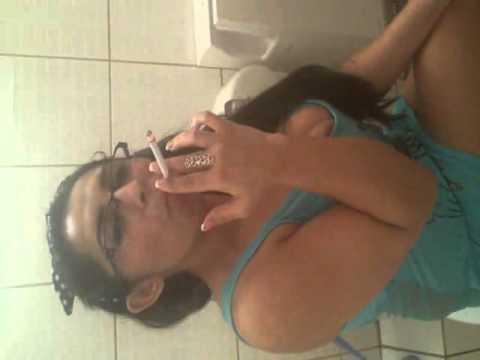 Desi indian girl in toilet