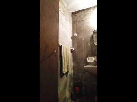 la camara oculta del baño