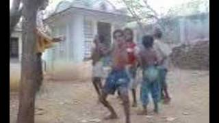 indian child dancing