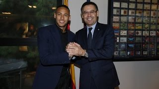 Neymar Jr signs contract extension to 2021