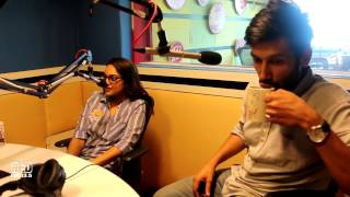 Sonakshi Sinha singing & Kanan Gill Beatboxing on Gulaabi Aakhen with RJ J-Man