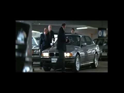 James Bond - BMW 750il - Chase Scene