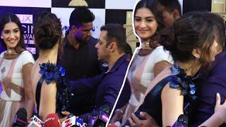 Salman Khan Teaches Sonam Kapoor Red Carpet Behaviour