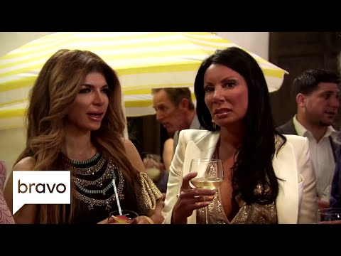 RHONJ: It's a Battle of the Parties (Season 8, Episode 3) | Bravo