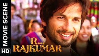 Shahid is awestruck by Sonakshi | R...Rajkumar | Movie Scene