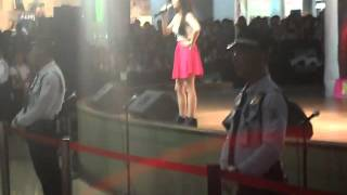 2014 August 25 - Donnalyn Bartolome singing Pretty Girl Rock & Kakaibabe