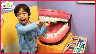 CHILDREN'S MUSEUM Pretend Play! Family Fun for Kids Indoor Play Area Children Activities
