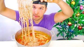 Korean Tteokbokki Noodle 떡볶이 • MUKBANG