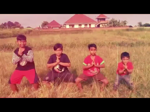 Xxx Mp4 Video Lucu Bali Quot Bulan Buldog Quot 3gp Sex