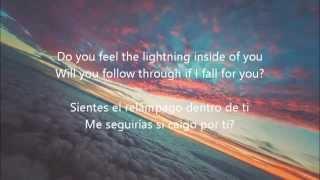Martin Garrix feat. Usher - 'Don't Look Down'  (Lyrics. Ingles/Español)