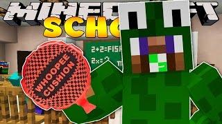 Minecraft School - PRANKING THE TEACHER!