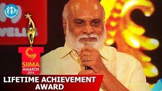 SIIMA 2014 Lifetime Achievement Award to K. Raghavendra Rao by Chiranjeevi & Sridevi