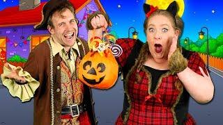 Feliz Halloween - Kids Halloween Song | Learn Spanish words! Halloween songs for children