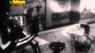 DARSHAN PYAASI AAYEE DAASI-GEETA DUTT-RAJINDER KRISHAN -SAJJAD-SANGDIL(1952)