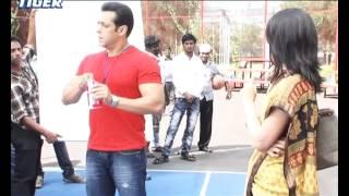 Salman khan in BRITANNIA TIGER  Add