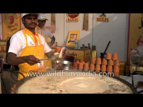 Kulhad ka dudh - Hot milk & Kulfi in India