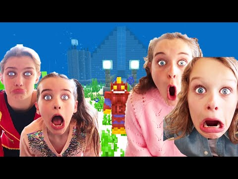 WHICH KID BUILDS BEST UNDERWATER HOUSE IN MINECRAFT judging Gaming w The Norris Nuts
