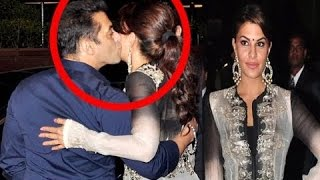 Salman Khan KISSES Jacqueline Fernandez 3 times in PUBLIC | SpotboyE