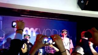 B.U.G. Mafia - Inainte sa plec LIVE 2015 Milano