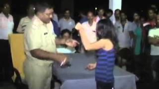 Drunk Girl Gali Galoch With Police