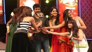 Sivakarthikeyan bags Pride of Vijay TV award!
