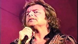 Somló Tamás: Valami történik velünk feat. Bornai Tibor (offical video)