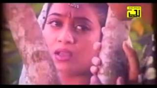 Chuiona Bondhu by momotaz movie nachne wali