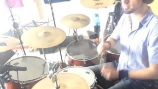 This type of Funk- Drum cover by Martin Plante